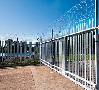 Utilities fencing contractor